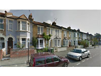 Hither Green SE13. Newly Redecorated Spacious & Contemporary 3 Bed Furnished House with Garden