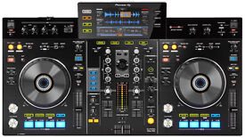 PIONEER XDJ-RX RECORDBOX ALL IN ONE DJ CONTROLLER WITH MAGMA FLIGHT CASE