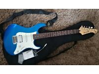 YAMAHA PACIFICA 012 ELECTRIC GUITAR METALLIC BLUE Great Condition