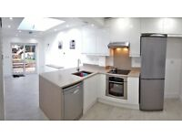 Fabulous room in stunning house - newly renovated in Salfords, nr Redhill/Horley