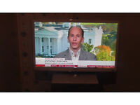 Samsung UE27D5010 27-inch Full hd 1080p LED TV, Freeview, hdmi, usb, white, perfect working order