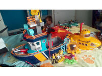imaginext boat and submarine