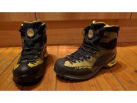 La Sportiva Mens Walking Boots (UK size 9.5)