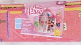 BNIB Barbie style dolls house- very strong&is Trudy- can fold away
