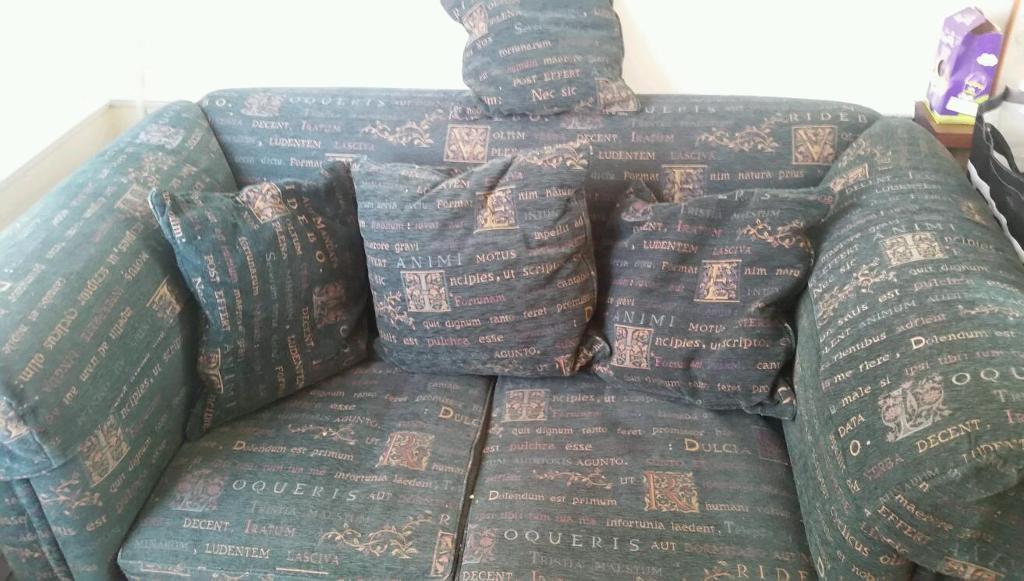 Free Large 2 Seater Sofa In Sydenham Belfast Gumtree