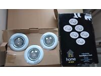 Box of 6 white downlights