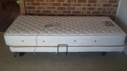 Plega adjustable single bed near new offfers!!!! Mittagong Bowral Area Preview