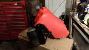VMX Honda CR 250 1984 fuel tank, radiator shrouds Whitebridge Lake Macquarie Area Preview