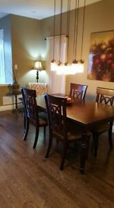 Dinning table  *** must sell ***