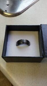 Men's Tungsten Carbide Ring (Size 11)