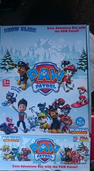 paw patrol winter rescue box set of 8