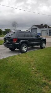 SHARP! 2006 Jeep Grand Cherokee Laredo