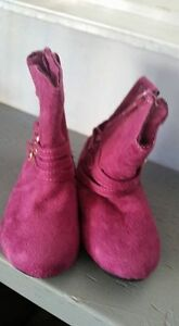 Size 6 toddler fashion boots $5 each Kitchener / Waterloo Kitchener Area image 3
