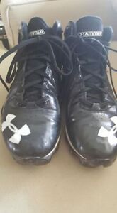 Football cleats size 7 Under Armour