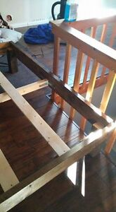 QUEEN SIZE CUSTOM MADE WOOD BED FRAME Cornwall Ontario image 3