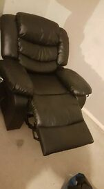 Recliner up cliner for sale only been used once £200