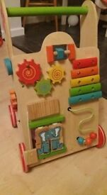 Wooden activity walker - EverEarth