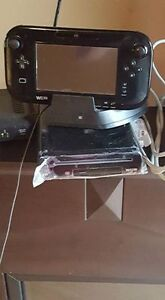 Wii U, Controllers, Charging Doc and Games