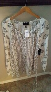 Brand New Bellissimo Embroidered Maternity Blouse-Size Large-$35