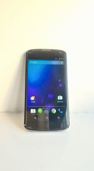 [UNLOCKED] GOOGLE LG NEXUS 4TEMPERED GLASSSHOCKPROOF CASING BUNDLEin Market Drayton, ShropshireGumtree - This is a listing for an UNLOCKED Nexus 4 LG Android Smartphone. Designed by Google and manufactured by LG. The phone has been fully updated to the latest Android firmware and still holds standby battery for days. RRP £90 Screen Protector Shockproof...