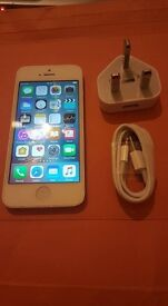 iPhone 5, 16GB, Unlocked (Any Network), White/Silver, Excellent Condition