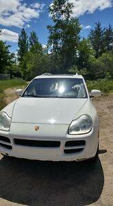 Porsche Cayenne S 2005 7,000$