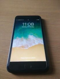 Plus 256 GB Black - MINT / Immaculate Condition - No Scratch!