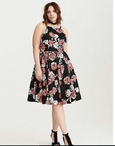Plus Size 28 Brand New Dresses from Torrid NEW PRICE