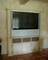 Custom Furniture and Cabinets