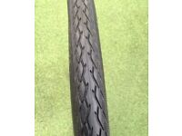 "27"" Hybrid Tyre Schwalbe Marathon with strong puncture protection and side reflective lines"