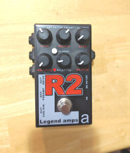 AMT R2 Dual Rectifier distortion pedal (electric guitar)