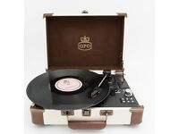 GPO Ambassador Portable 3 Speed Turntable with Bluetooth & Built-In Speakers (Cream & Brown)