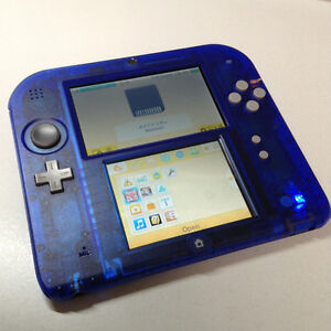2DS XL Bleue Crystal +Chargeur + SD +... (Joue les jeux de 3DS)