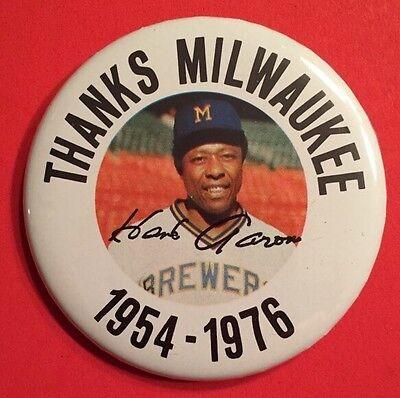 1954-1976 HENRY HANK AARON MILWAUKEE BREWERS Pin Back Button MLB HOF Vtg Braves