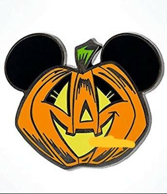 Disney 2017 Mickey Pumpkin Halloween Pin