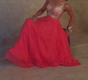 Beautiful Special Events Evening Gown