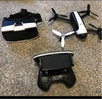 Bebop 2 drone with sky controller and fpv goggles