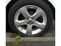 2 set.s of alloy wheels