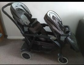 Graco Modes Duo pushchair with Footmuffs and raincover