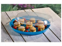 Brand new 3x large food tray with clear lid