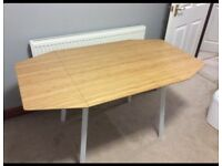 Ikea Table & 4 chairs set - extendable wooden dining table
