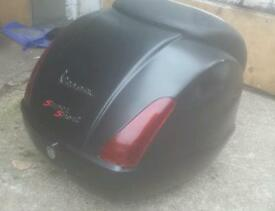 Vespa GTS Back box/screen/Front rack/crash bars
