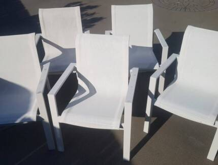 5 x Finlay & Smith White Sling Stacking High Back Outdoor Chairs