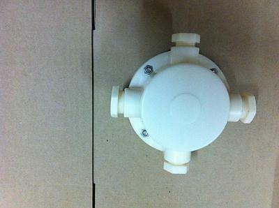 (4 Routes Fountain Underwater Waterproof  Plastic Junction Box  Junction Case )