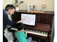 FREE PIANO LESSONS FROM QUALIFIED TEACHER