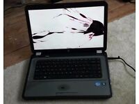 cracked screen hp core i3 320gb 1gb ram no charger