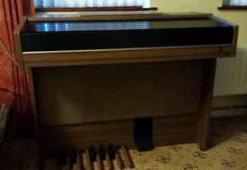 Yamaha Electone Organ/Keyboard Beautiful Instrument.