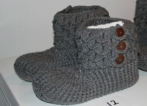 size 12 13 14 15 men slippers handmade crochetted knitted !! West Island Greater Montréal image 8