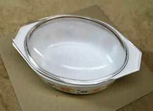 """Pyrex ""Town & Country"" Oval Casserole & Lid 1963 1 1/2qts. Kingston Kingston Area image 2"