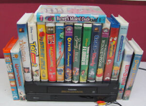 TOSHIBA VCR with Children's VHS Movies DISNEY, WARNERS